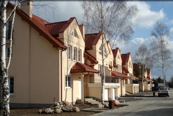osiedle przy osiedlowej lomianki domy szeregowe z budowy 04